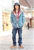 日本原宿街头低调精致型男街拍16.jpg