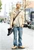 日本原宿街头低调精致型男街拍21.jpg