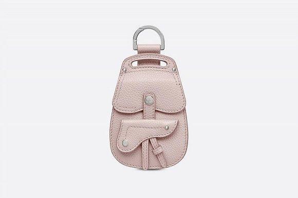 Dior推出全新钥匙包系列4.jpg