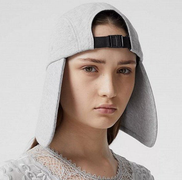 Burberry的维多利亚时代风格软帽系列3.png